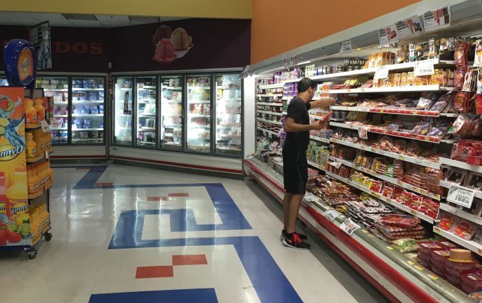 Mueren de coronavirus empleados de supermercados en EEUU