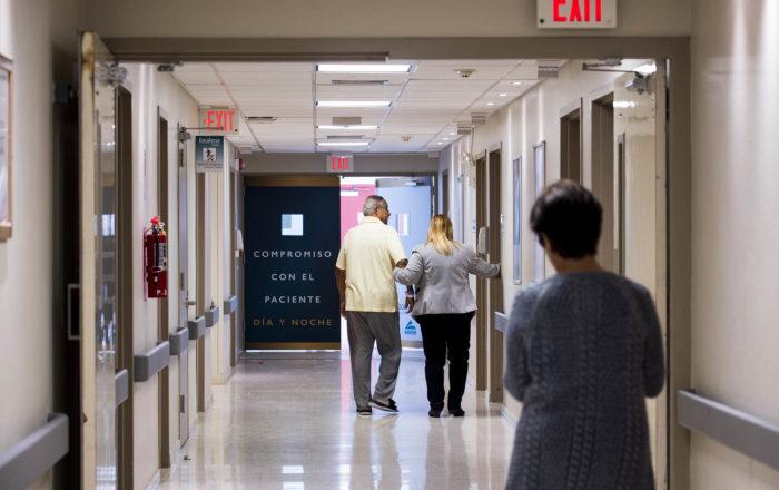Gobernadora asigna $49.5 millones para hospitales privados