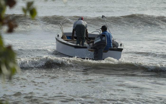Prohibida la pesca comercial durante el fin de semana