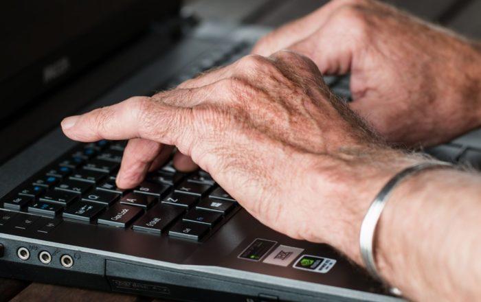 Asociación de Maestros rechaza educación por internet