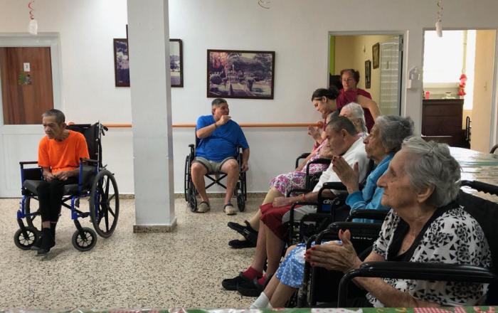 Familia cierra hogar de adultos mayores en Juncos