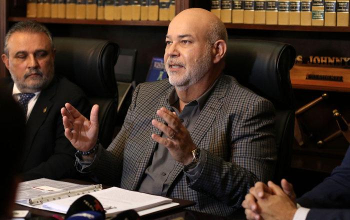 Johnny Méndez pide agilizar tramitación de Permisos de Uso
