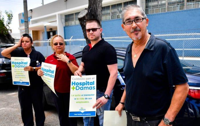Manifestación frente a hospital ante despido de empleados