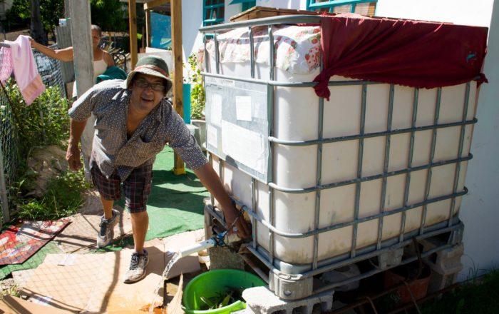 Toda una vida sin el servicio de agua potable