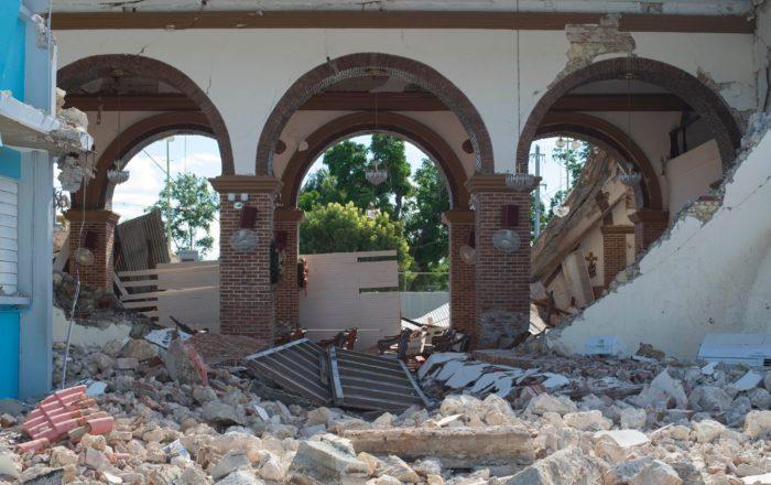 Se cumplen cinco meses del terremoto y no inician las demoliciones