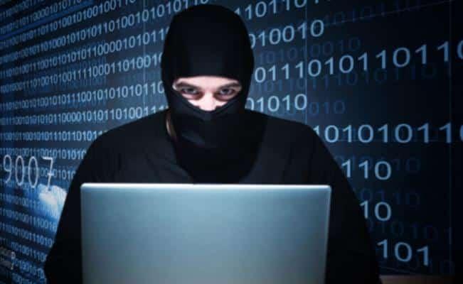 Separados de sus cargos tres empleados de Desarrollo Económico por fraude cibernético