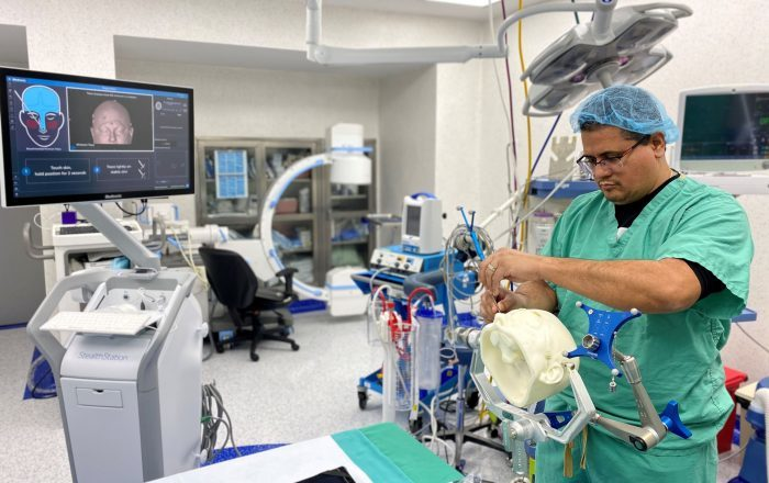 San Lucas estrena sala especial en neurocirugías