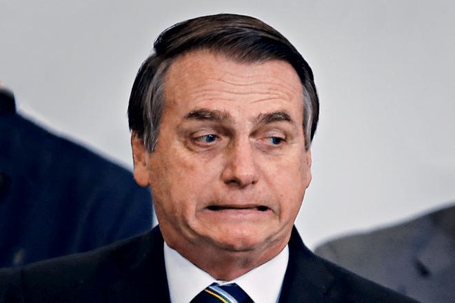 Fox News alega que Bolsonaro tiene coronavirus y el presidente de Brasil lo niega