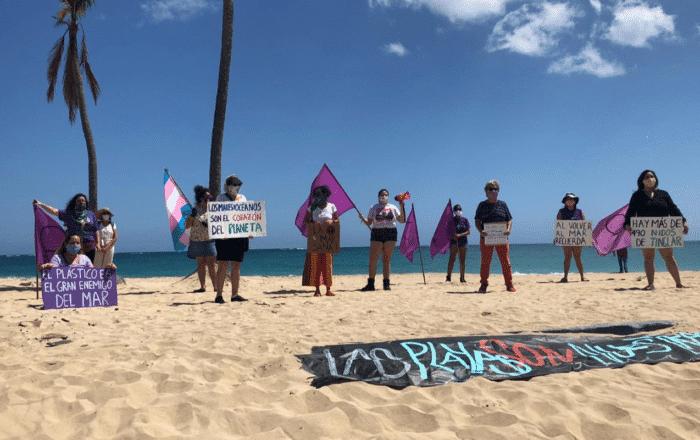 Protestan para que reabran las playas