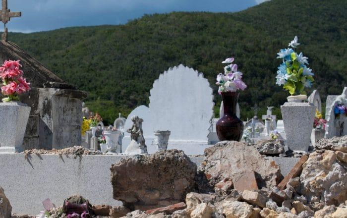Establecen protocolo para visitar cementerios el Día de las Madres