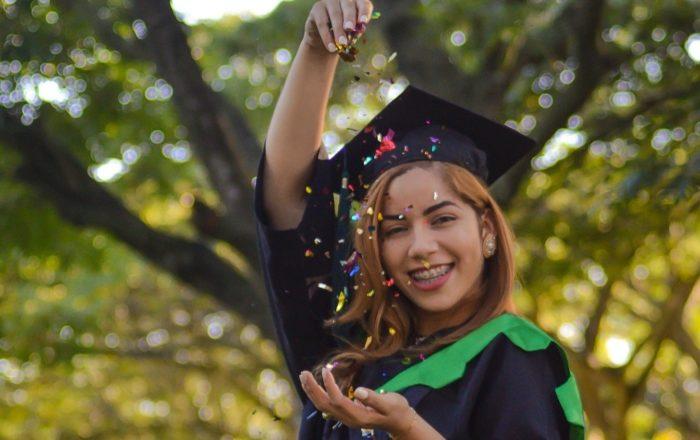 Salinas celebrará graduación simbólica con hasta $500 en incentivo por estudiante