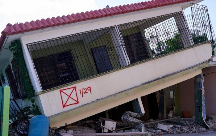 Extienden fecha para solicitar ayuda por daños ocasionados por los sismos