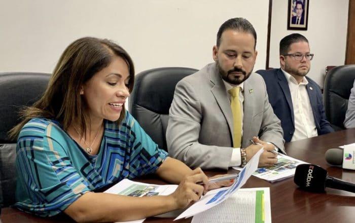 Alcaldes populares del sur denuncian gobierno no está preparado para huracanes