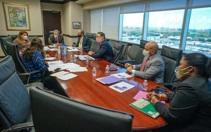 Discute estrategias de seguridad con Fiscalía federal