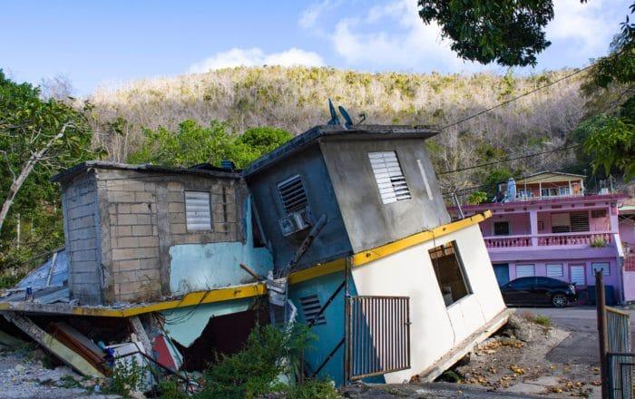 Buscan establecer programa de vales de viviendas para damnificados de desastres