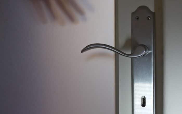 Investigan robo domiciliario en Ponce