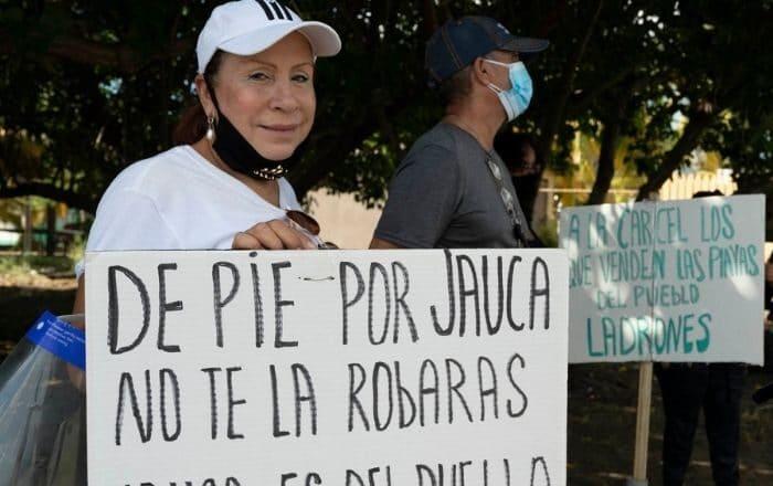 Secretario del DRNA desconocía de proyecto hotelero en Santa Isabel
