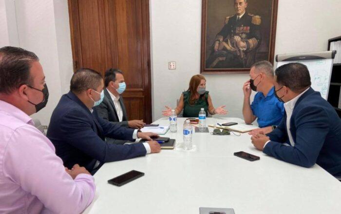 Alcaldes de la zona central se reúnen con Secretaria de la Gobernación