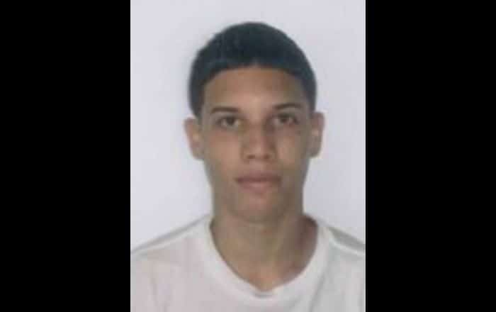 Buscan a adolescente desaparecido