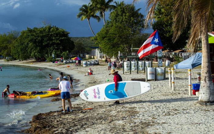 Alcaldes proponen cancelar actividades y cerrar playas ante alza en contagios