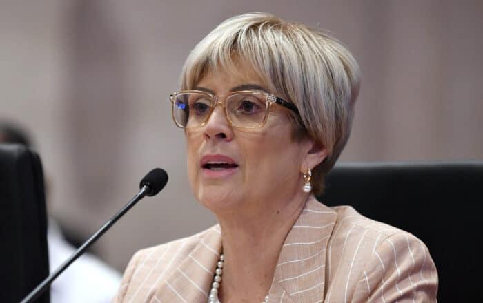 Senado evalúa nombramiento de Magaly Rivera para Educación