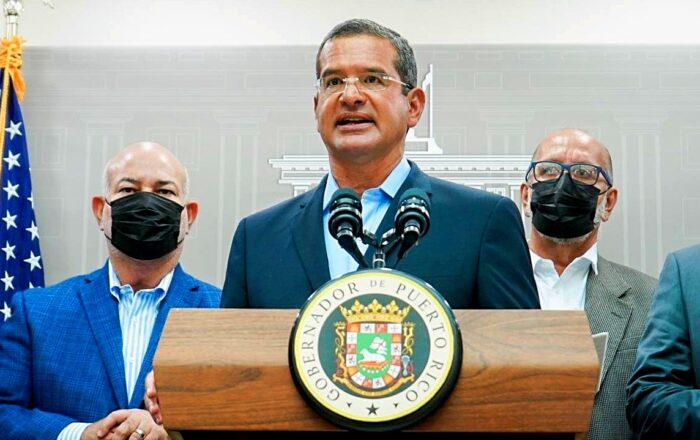 Pierluisi acusa a la Cámara de obstruir y burocratizar el gobierno